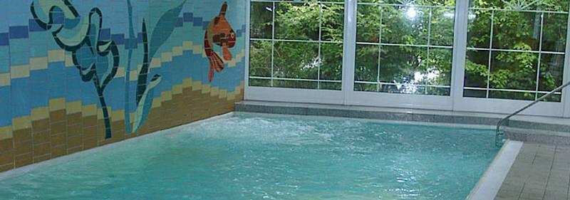 apartments ferienwohnungen mit schwimmbad in gr mitz ostseek ste ferienhaus chrislinde. Black Bedroom Furniture Sets. Home Design Ideas